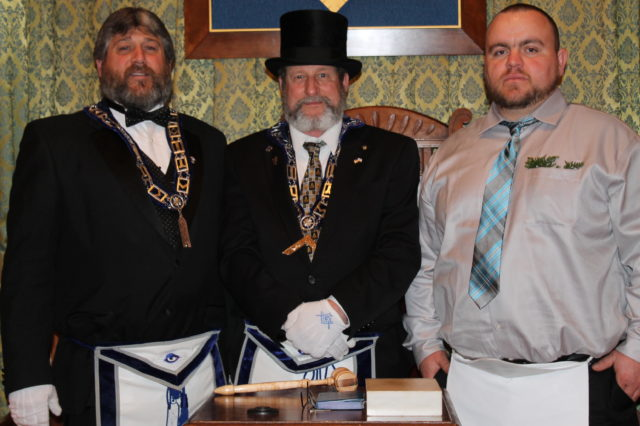 Masons celebrate members - The County