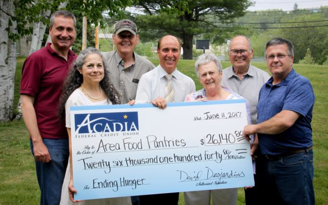 Acadia Federal Credit Union >> Credit Union Gives 26k To Area Food Pantries The County