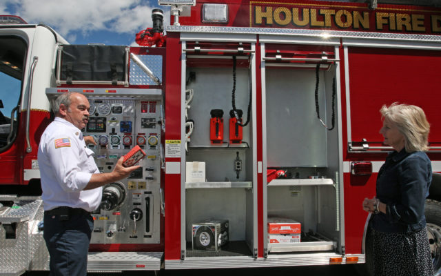 Town purchases new $396,000 fire truck thanks to FEMA grant
